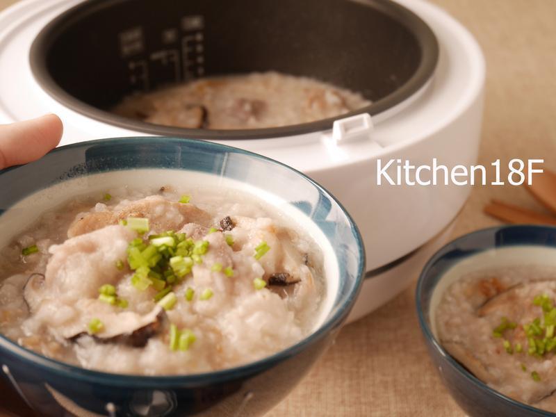芋頭排骨鹹粥_電子鍋料理
