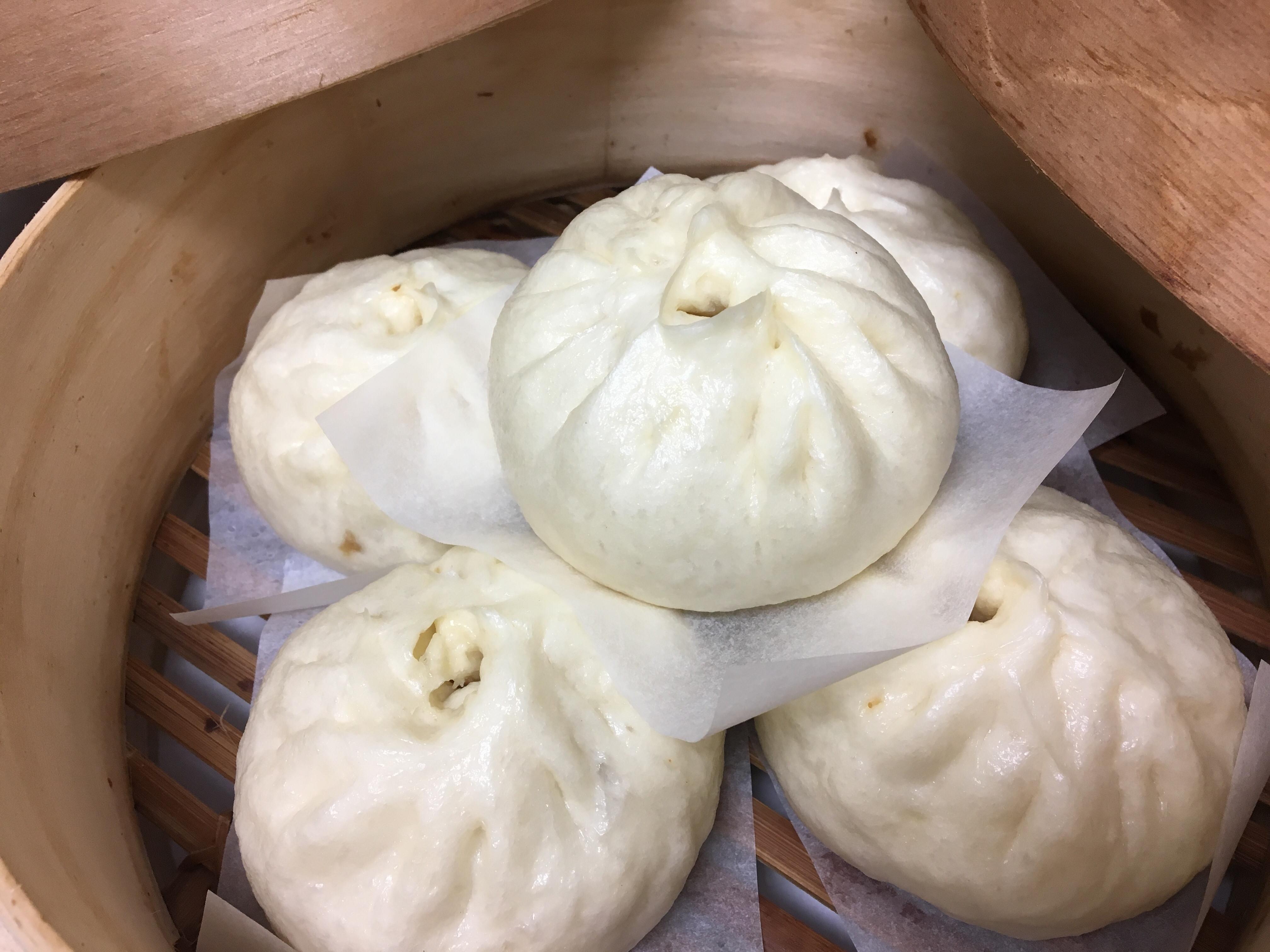 綠竹筍香菇肉包