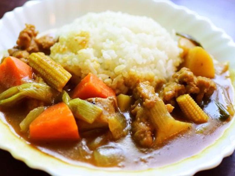 手工肉羹燉咖哩