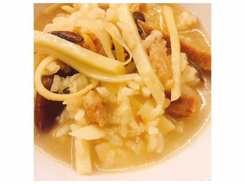 【隨興料理】竹筍鹹粥