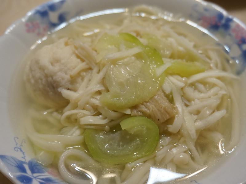 絲瓜筍絲麵清雞湯「史雲生清雞湯」