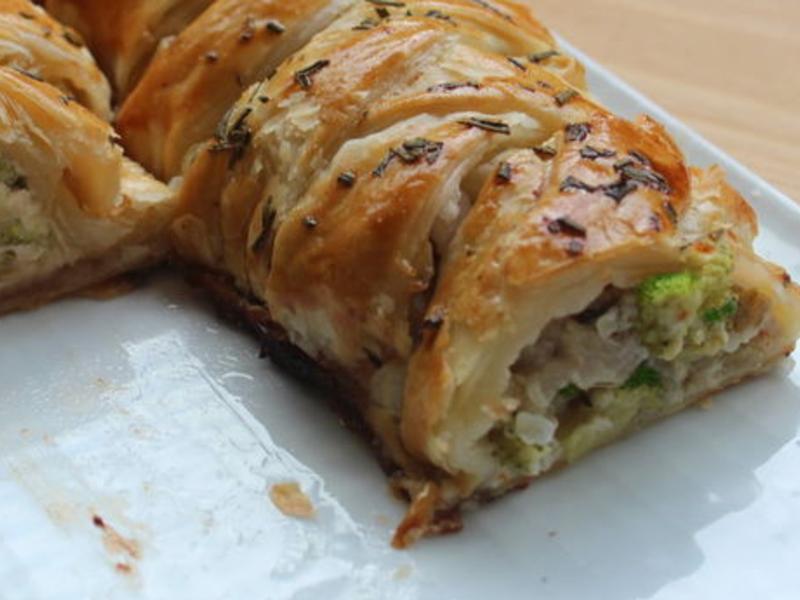 青花菜雞肉酥皮卷