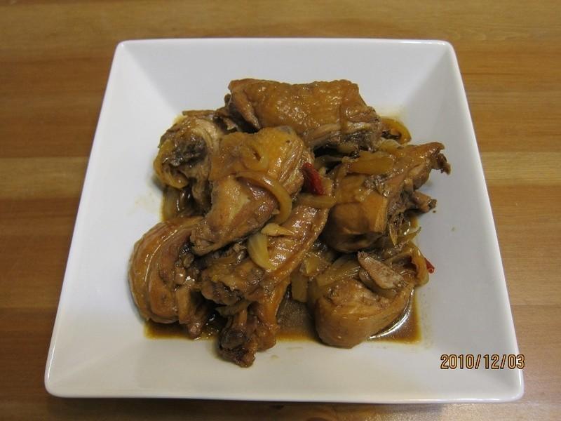 懶人妻的超簡單料理~「洋蔥紅燒雞」