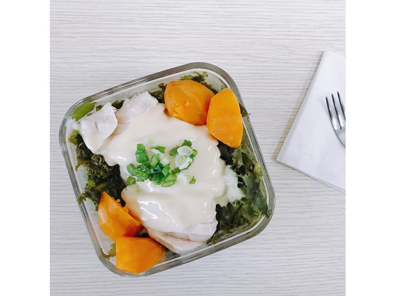 電鍋做午餐-健身飲食-雞胸起司雲蒸蛋