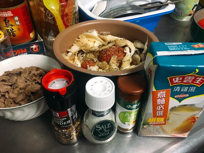 義式番茄燉菇飯[史雲生清雞湯]