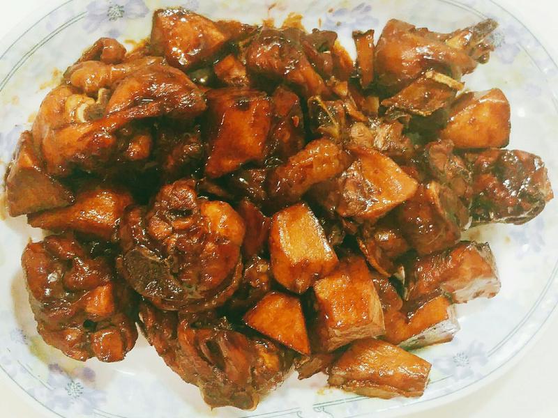 麻竹筍燒雞