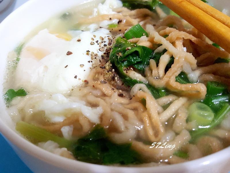 鍋燒意麵(史雲生雞湯)