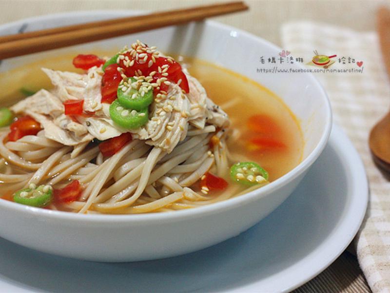蕃茄雞絲冷湯麵【史雲生清雞湯】
