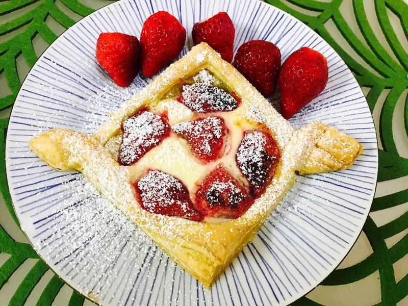 戀愛的滋味:酸甜草莓乳酪派
