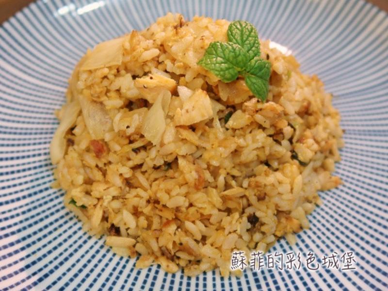 粒粒分明『鮭魚泡菜炒飯』清冰箱料理