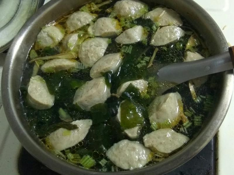 海帶芽貢丸湯