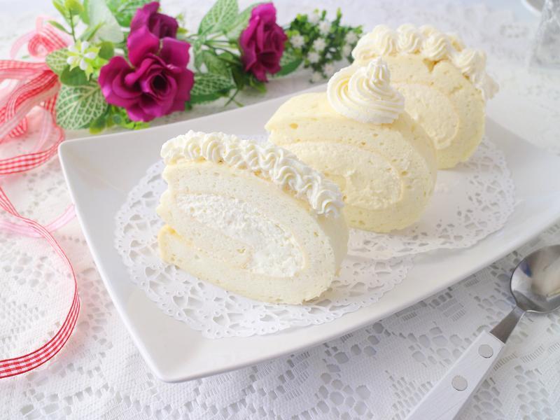 可爾必思白色蛋糕捲