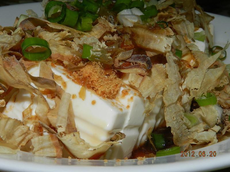 ㄚ曼達的廚房~涼拌柴魚豆腐