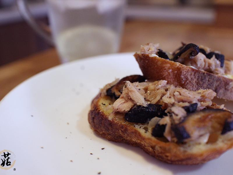 鮪魚香菇法式麵包