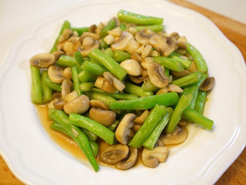 四季豆炒蘑菇