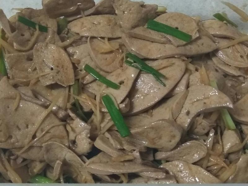 涼拌麻油豬肝