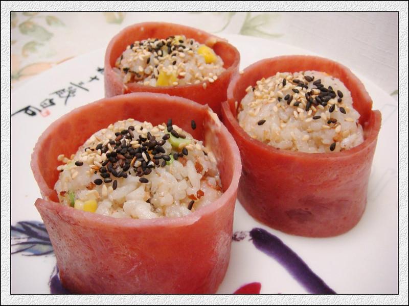 十分輕鬆料理DIY一桂冠蝦仁炒飯御飯糰