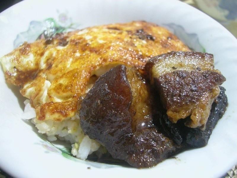 【簡易陳干扣肉與炸蛋包飯】
