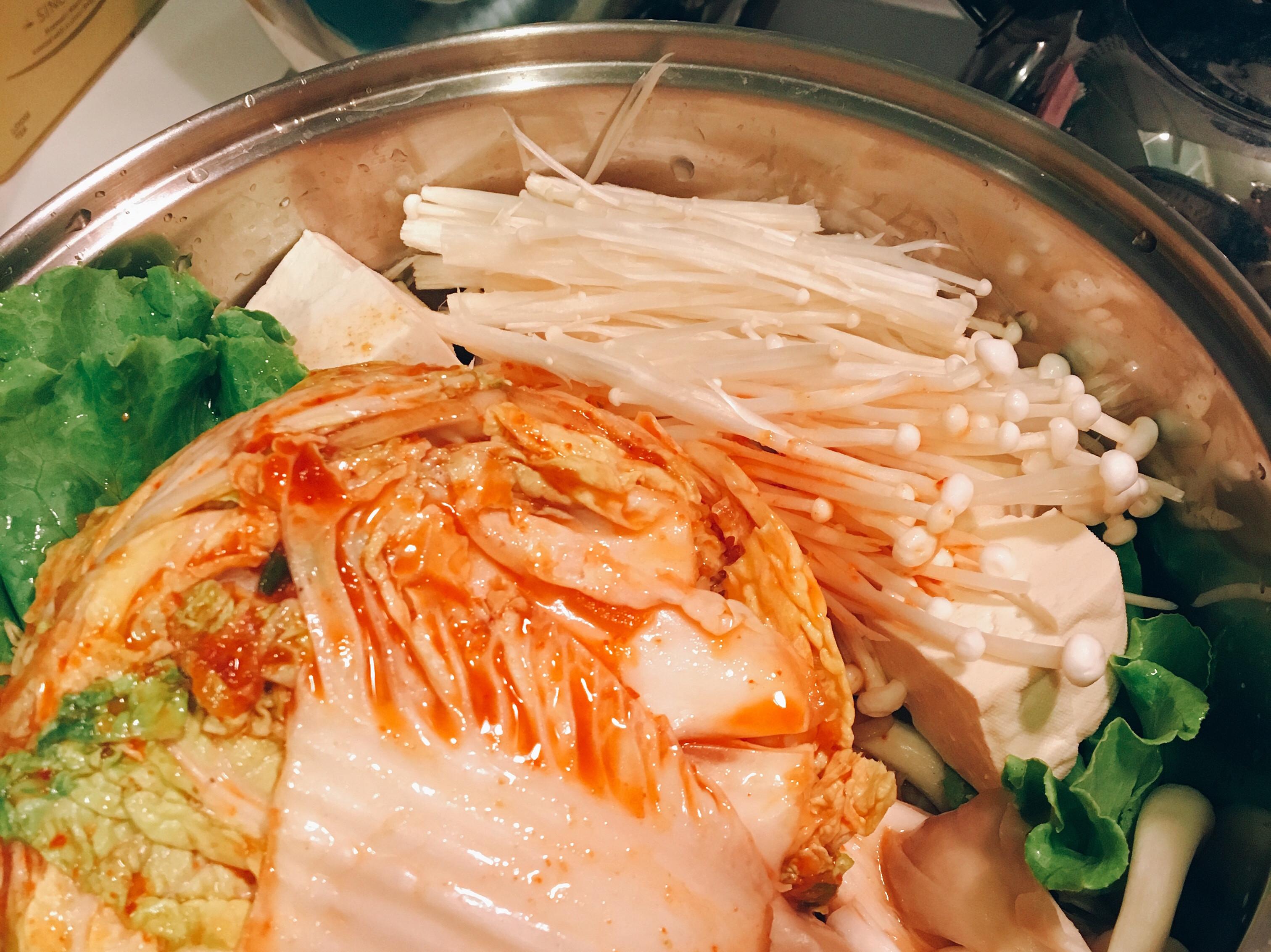 韓國泡菜肉肉鍋