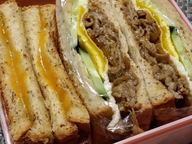 薑汁味噌燒肉三明治&奶油乳酪夾心三明治♡