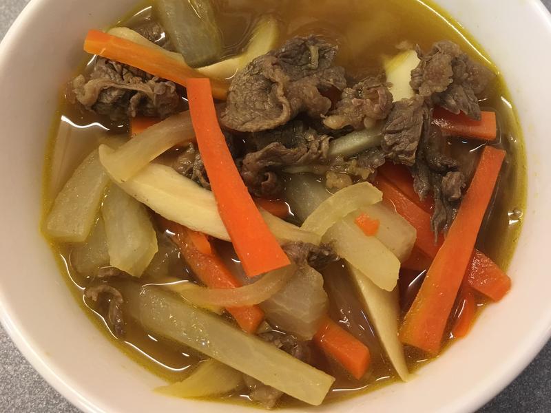 蘿蔔牛肉湯 (咖哩口味)