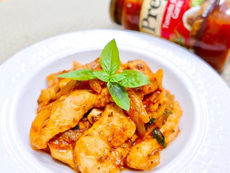 番茄羅勒炒嫩雞【Prego義大利麵醬】