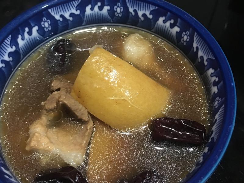 《秋潤肺》羅漢果.梨.瘦肉湯