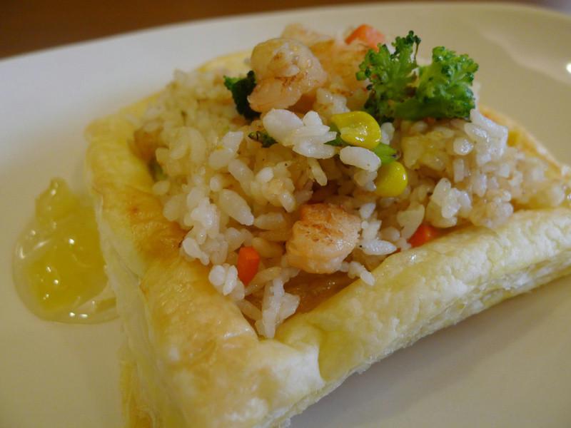 【十分輕鬆料理DIY】蝦仁炒飯起酥盅, 主餐甜點全包辦