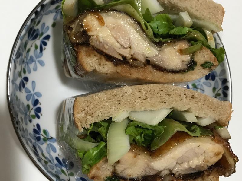 南蠻風雞腿排三明治