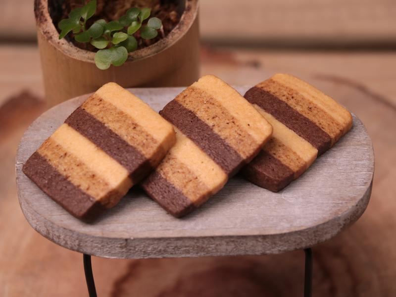 5種材料!可可咖啡漸層餅乾