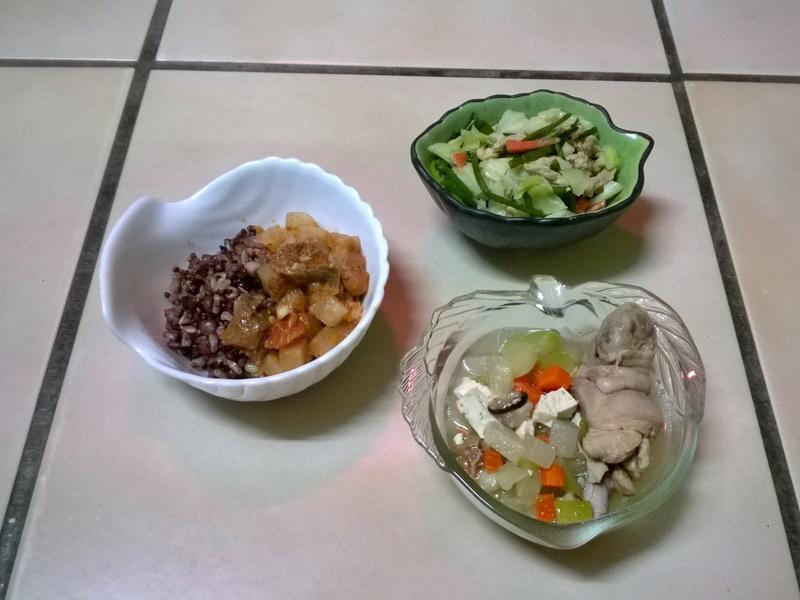 鮮食🐾茄汁牛腩飯 水蓮炒肉絲 蒲瓜雞湯