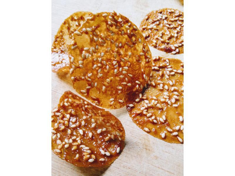 芝麻焦糖透光蕾絲餅 (超簡單5種材料