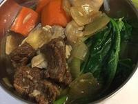 紅蘿蔔紅燒牛肉麵
