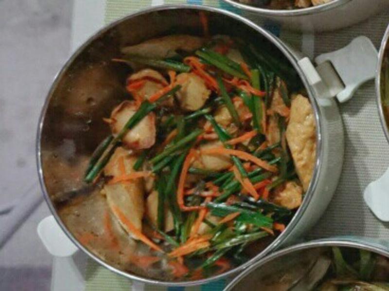 露營簡單料理。韭菜甜不辣