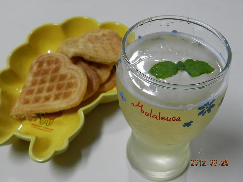 ㄚ曼達的廚房~手工鬆餅+蜂蜜綠茶