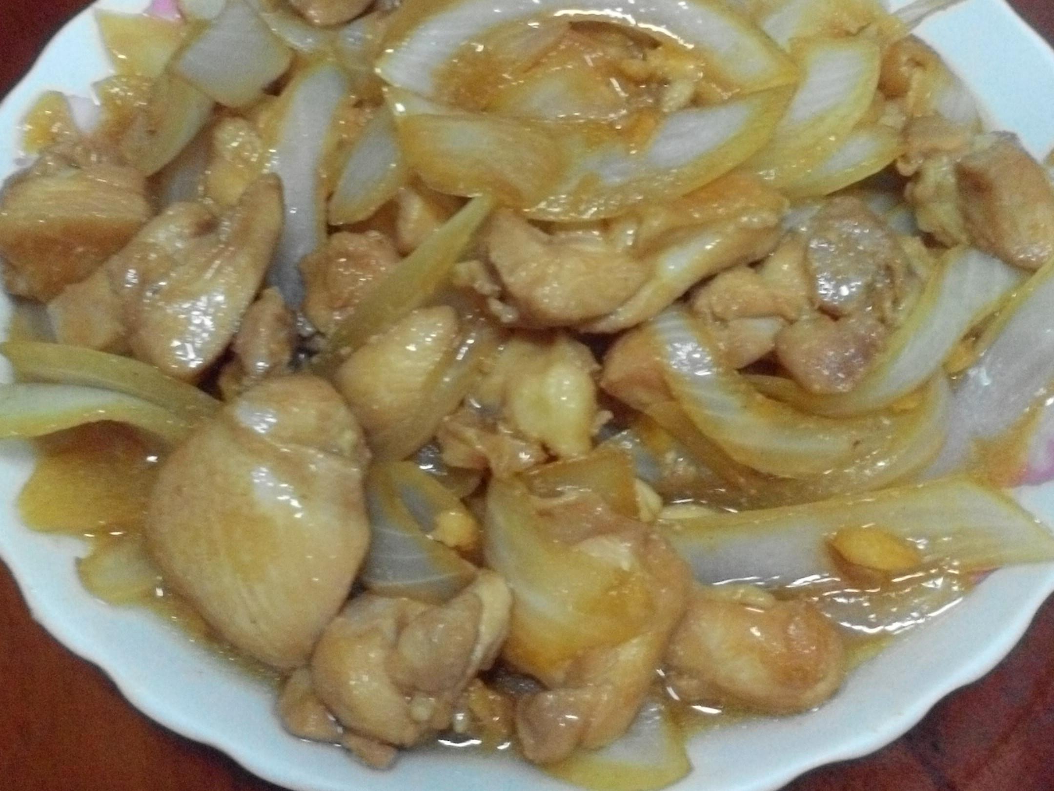 洋蔥炒雞丁