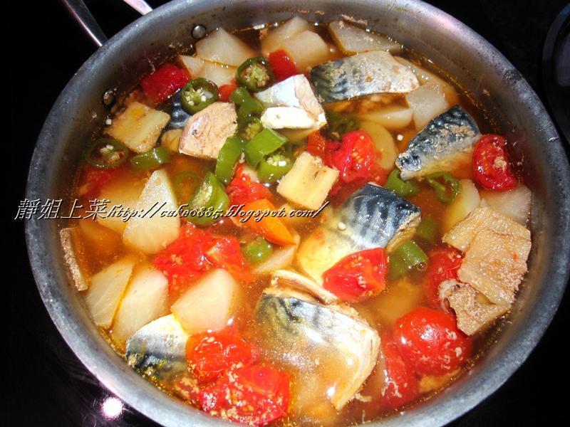 湯頭鮮美—鯖魚蔬菜湯
