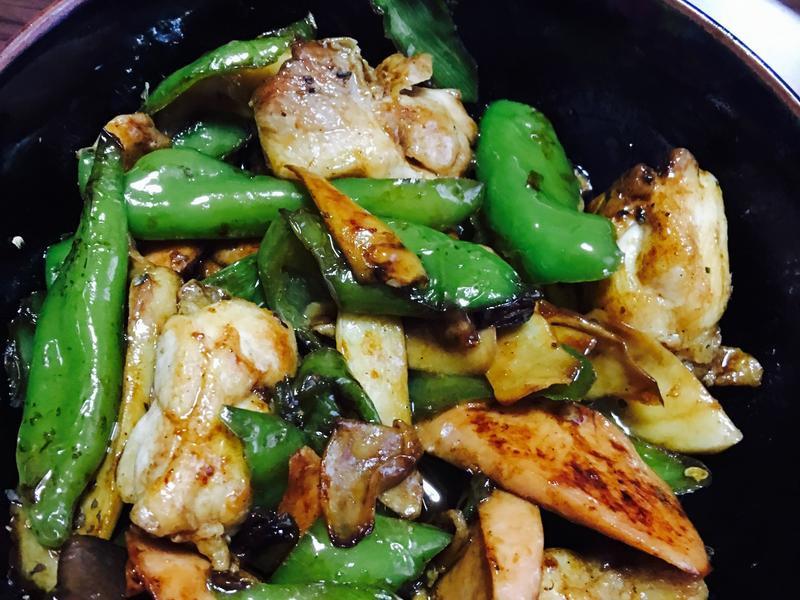 香菇青椒火腿鸡肉