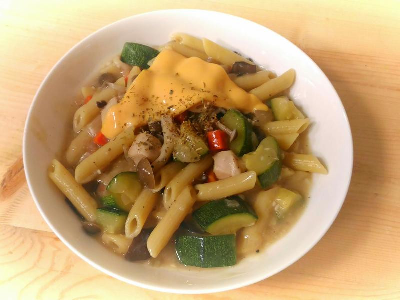 白醬櫛瓜雞肉麵