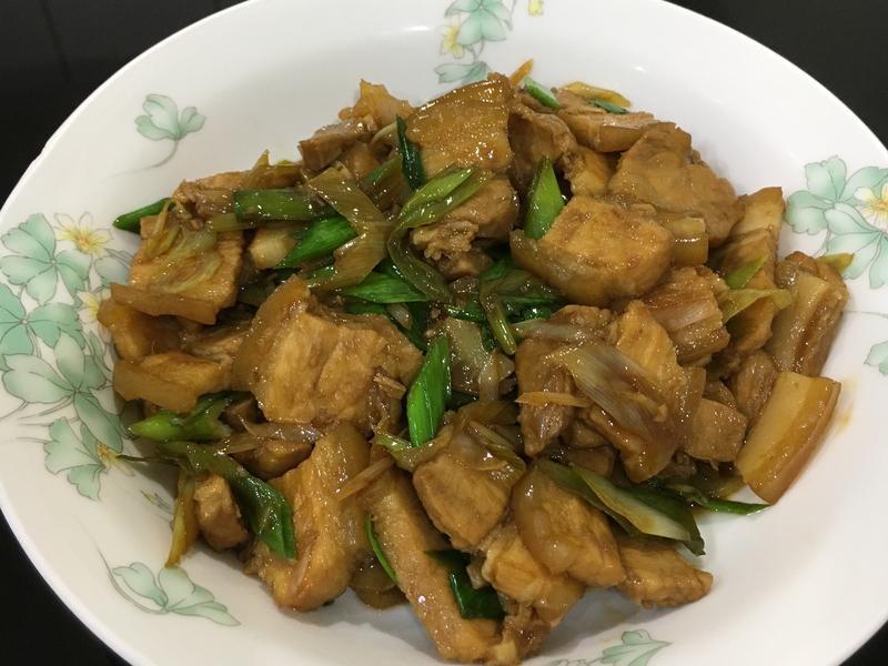 鹹香蒜苗炒五花