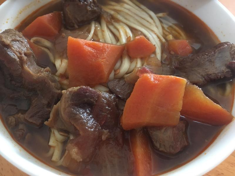 番茄紅燒牛肉麵