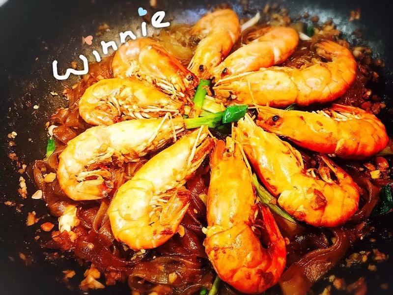 簡易鮮蝦粉絲煲