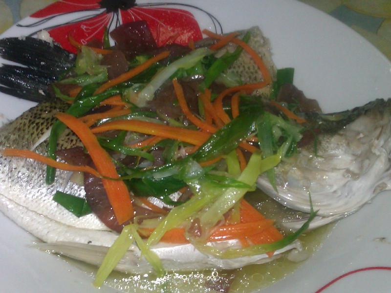 蔥油淋鱸魚