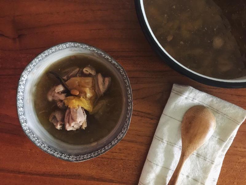 阿嬤の味#2 - 醃鳳梨雞湯