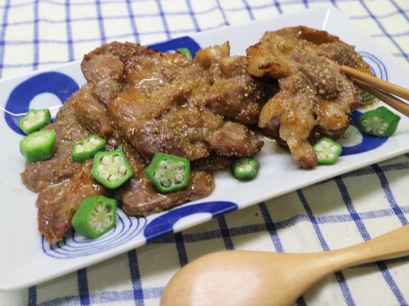 蒜香烤肉排(((0廚藝ok