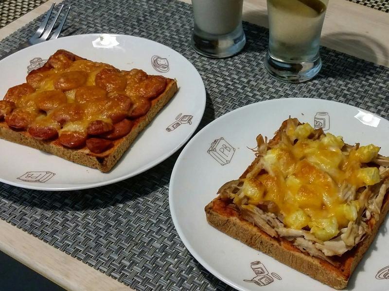 鳳梨雞絲焗烤吐司&德國香腸焗烤吐司♡