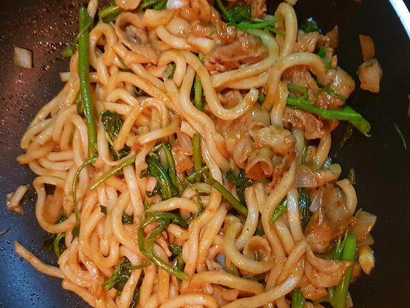 茄汁烏龍麵