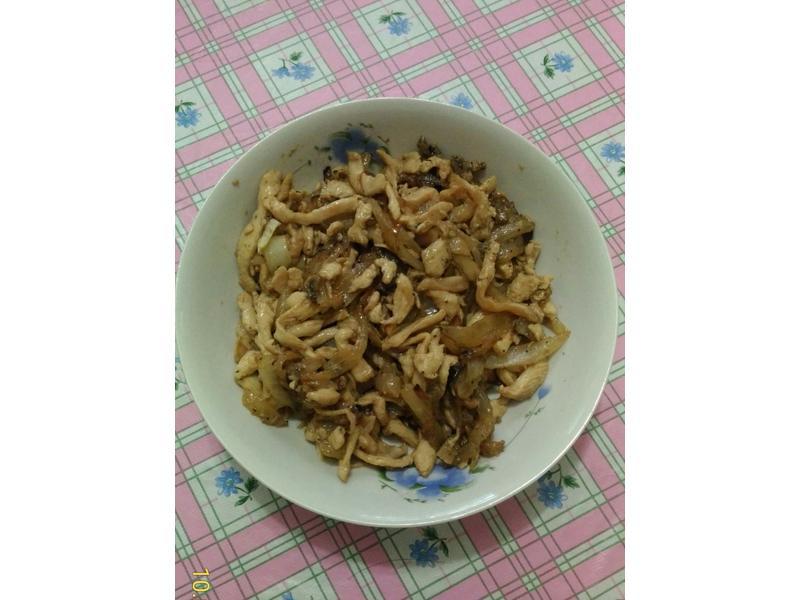 蘑菇醬雞柳