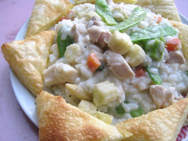 【十分輕鬆料理DIY】乳酪餅佐雞丁玉米筍起司海鮮飯
