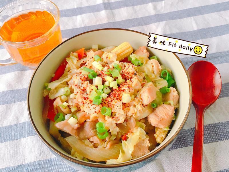 美味彩蔬雞肉丼😋